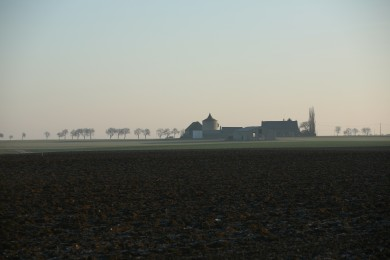 Beauce : Corps de ferme à Saint Péravy la Colombe avec pigeonnier