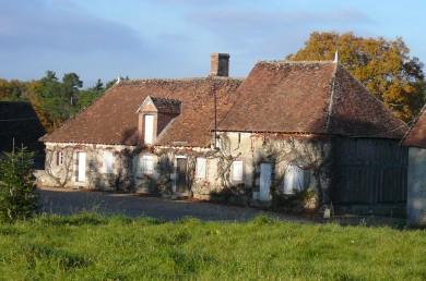Forêt d'Orléans : Maison rurale à Dampierre en Burly