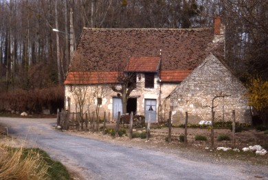 Val de Loire : Maison de pays intéressante à Mareau aux Prés